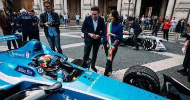 Virginia Raggi: niente più auto diesel nel centro di Roma entro il 2024